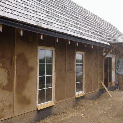 Šiaudų ir molio namai